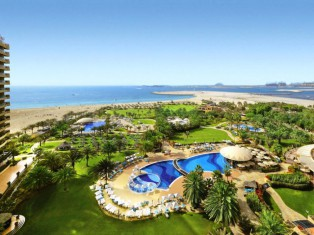 Le Royal Meridien Dubai - Pool + Strand