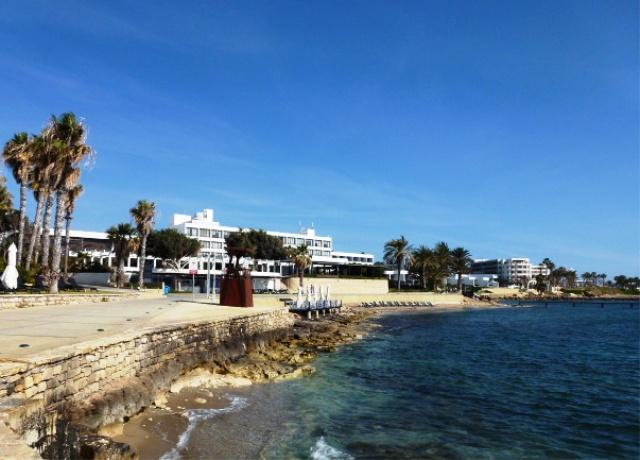 almyra design hotel paphos zypern reise cafe