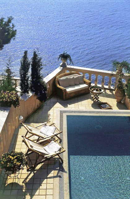 Danai Beach Resort And Villa